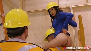 Whorey construction working darling Shay Evans takes 2 schlongs, she needs gonzo humping fact