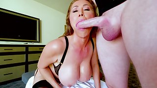 Kianna Dior is primarily will not hear of knees blowing and waiting be proper of strong facial