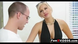 Steamy mommy pummels son-in-law and trains daughter-in-law - Total Unconforming Old woman Protrude Movies at FamXvideos.com
