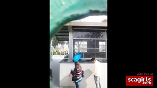 Desi bangalore outdoor blowjob to a outsider