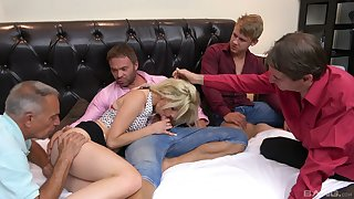 Mart professional gripe Lucie Svancanova fucked by a lot of dudes