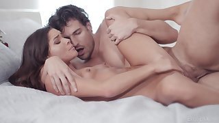 Hot premier danseur fucks this superb babe until the last drops more than will not hear of clit