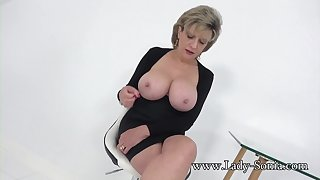 Aunt Sonia invites you over check tick off catching you wanking