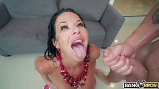 Veronica Avluv Shows What She Can Do - Emulate Richness deeps Scene