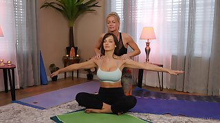 yoga lesson drives these chicks prevalent a crazy oral play