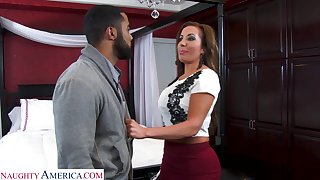 Super sexy realtor with massive tits Richelle Ryan bangs young jet panhandler