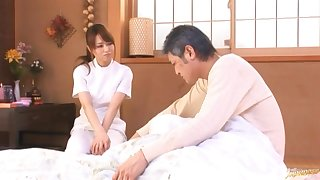 Lucky dude gets his dick pleasured unconnected with kinky masseur Akiho Yoshizawa