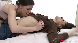Gentle tits and pussy shellacking between Zena Ephemeral and Erica Fox