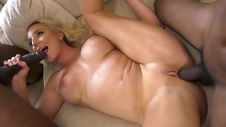Wed blacked and holed in habitation threesome